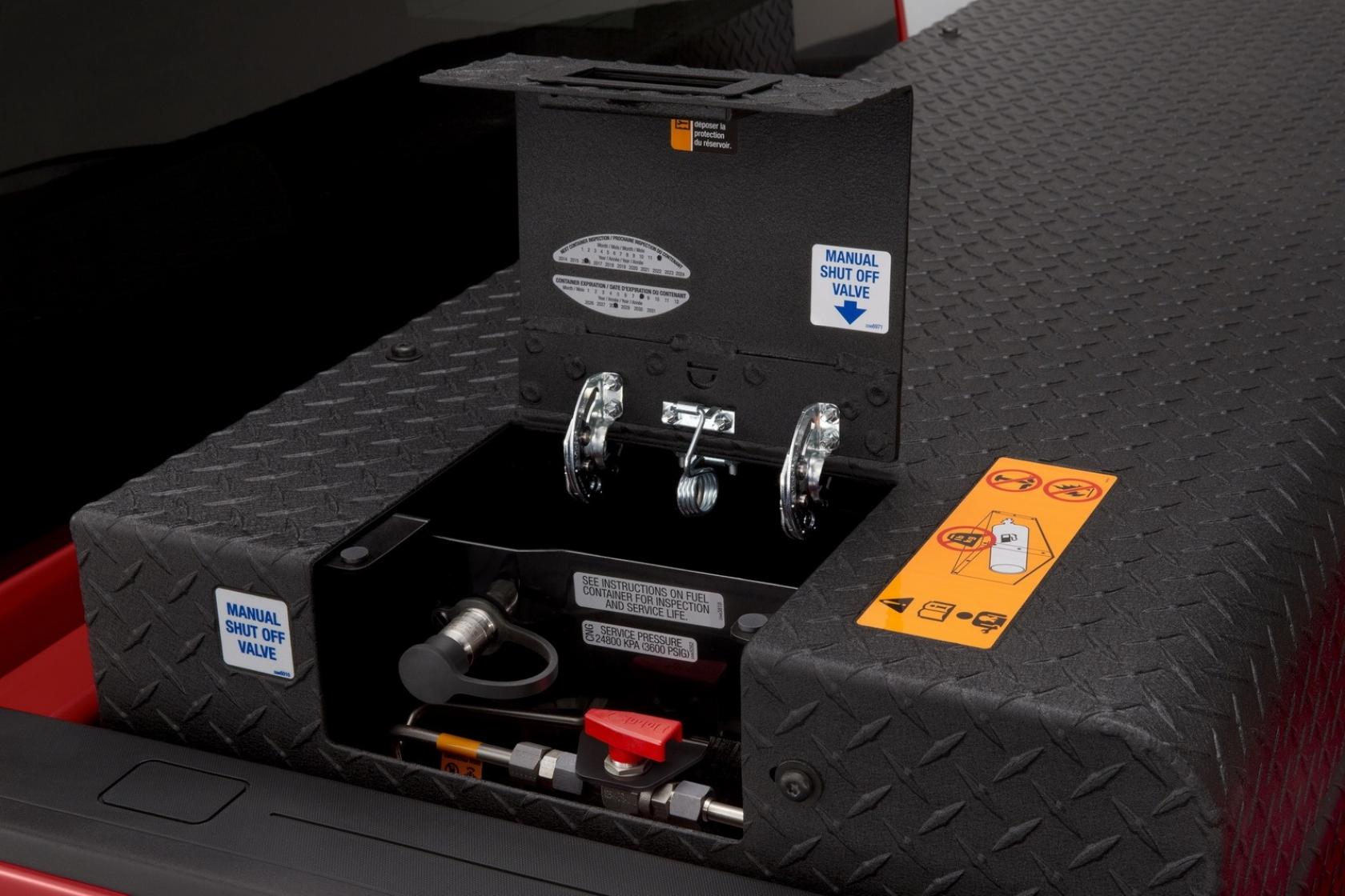Chevrolet Silverado CNG - in dietician's hands | gazeo com