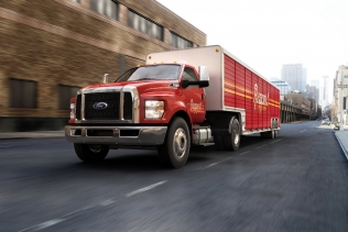 Ford F-650/F-750 Super Duty truck tractor
