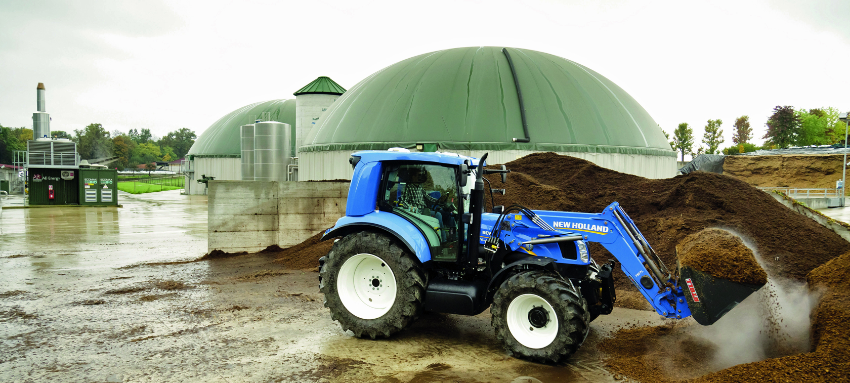 Methane-powered New Holland T6.140 tractor