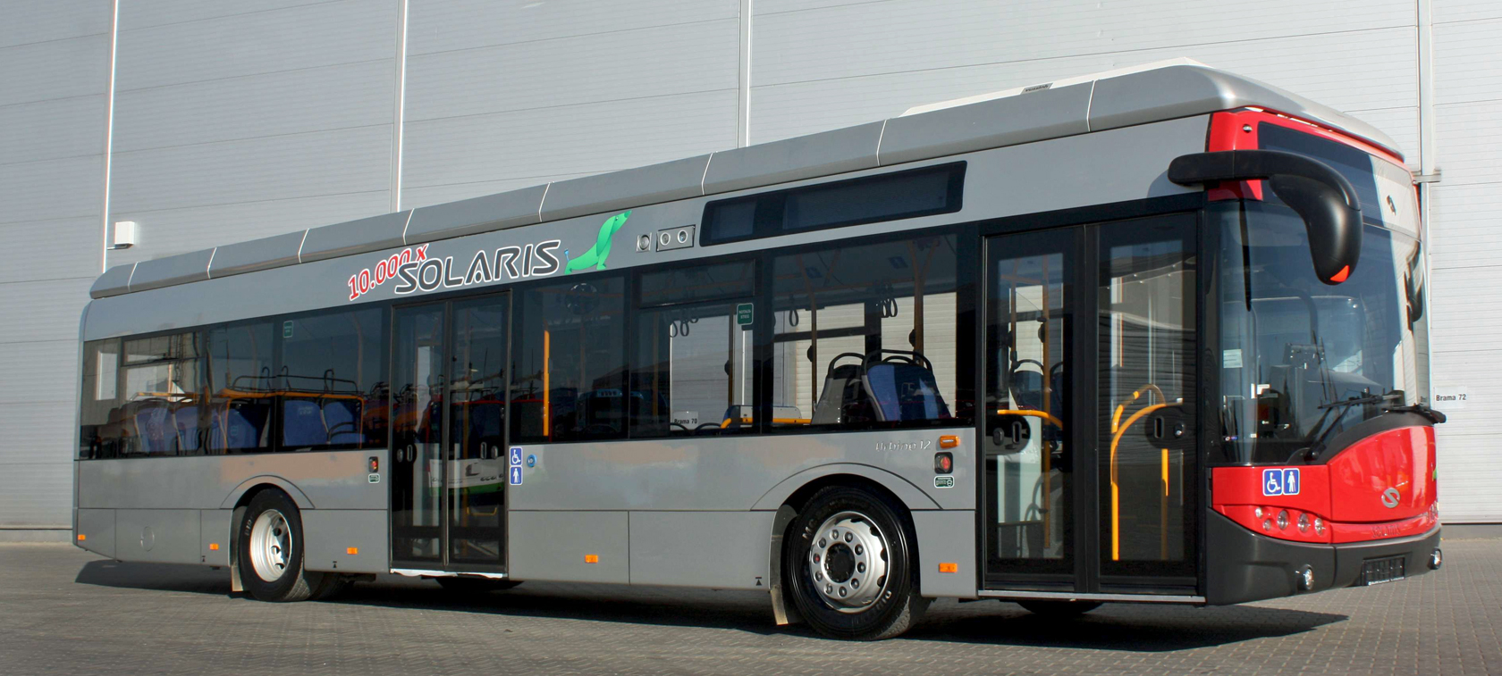 10,000th vehicle by Solaris is Urbino electric