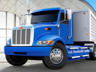 Peterbilt's medium-duty CNG tractor