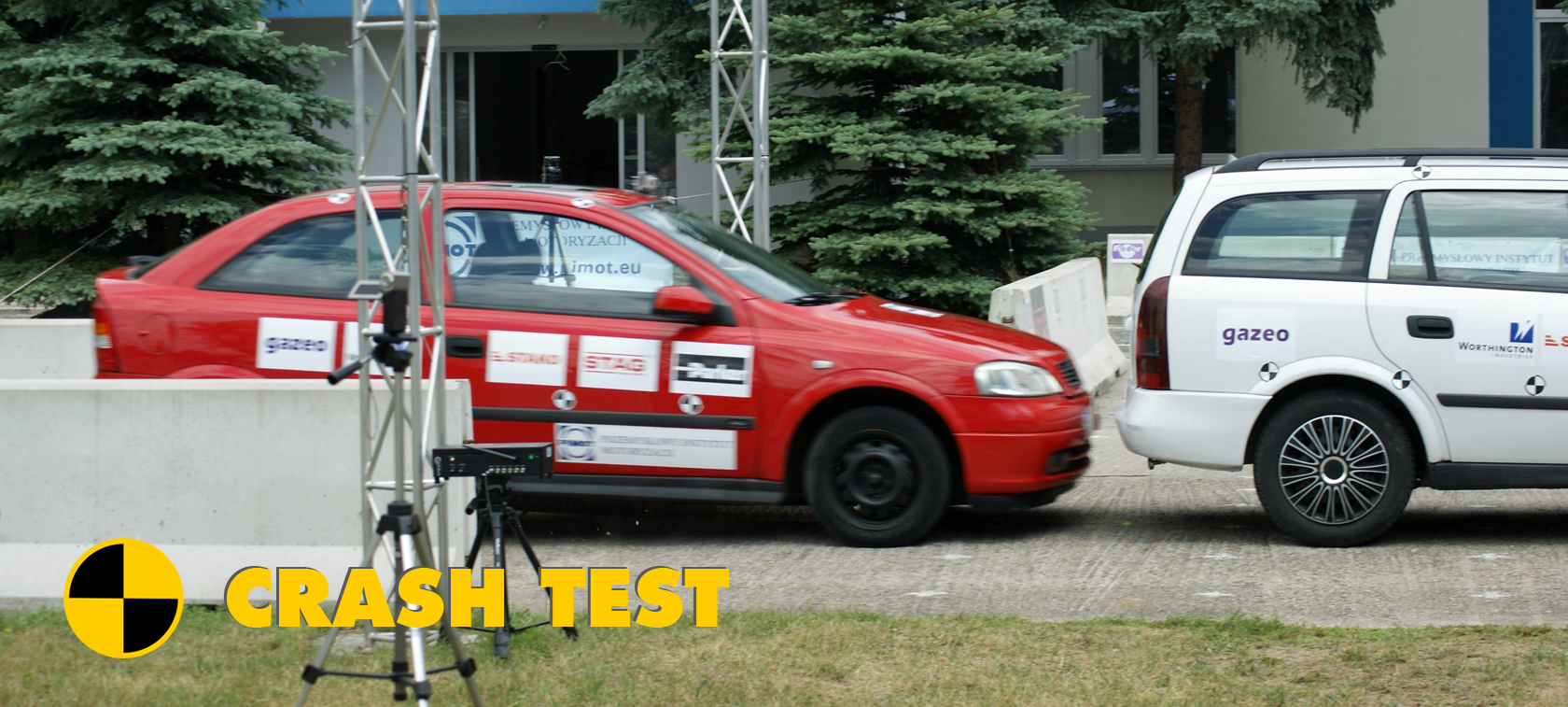 Autogas-powered car crash test