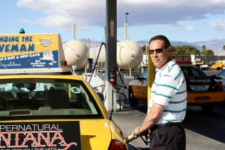 Refilling a taxi's tank with autogas