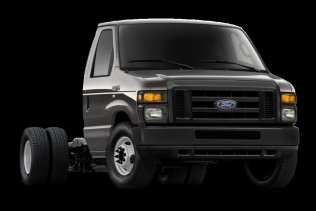 Ford E-450 V10 chassis cab